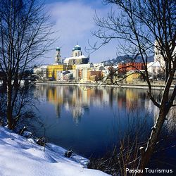 Vacations Magazine: Christmas Along the Danube