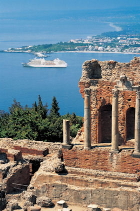 Vacations Magazine: 10 Uncommon Ports of the Med